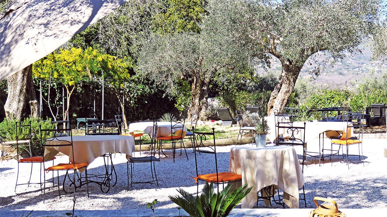 terrasse-restaurant-hotel-mon-soleil